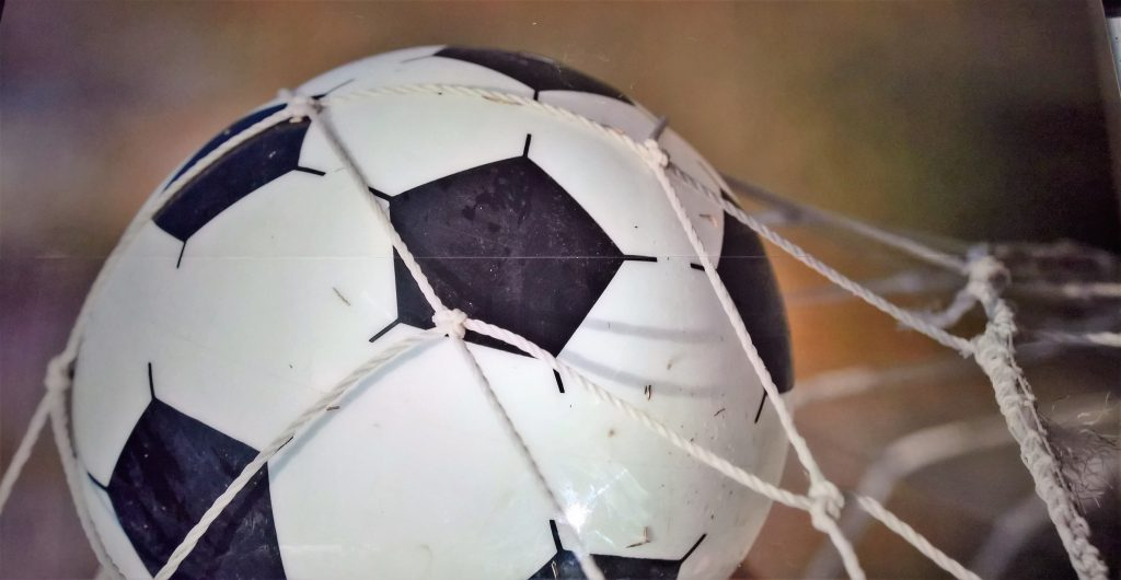 Piłkarski obraz na szkle