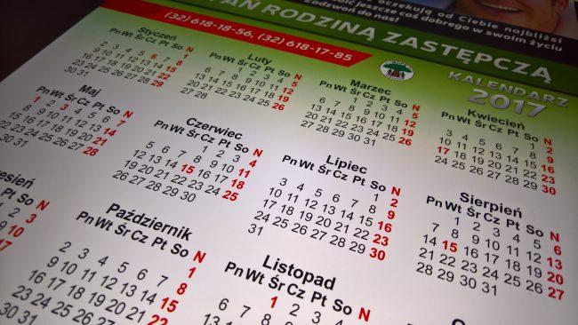 Zbliżenie na kalendarz